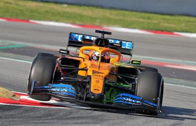 Report: McLaren considers selling minority stake in F1 team