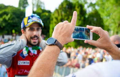 Formula E taps YouTube influencers for live streams