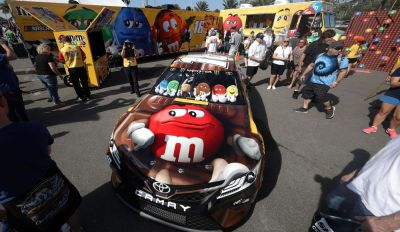 Nascar takes Mars chocolate deal past 20 years
